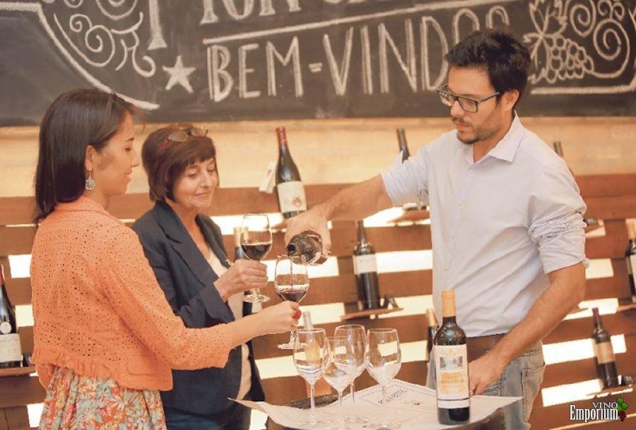 Felipe Lins, sócio-diretor da Mon Caviste, acredita que a demanda por vinhos continuará alta