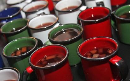 Quentão, vinho quente e fogos de artifício são campeões de tributos da Festa Junina