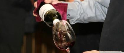 Você sabe o que acontece se beber vinho tinto todas as noites?
