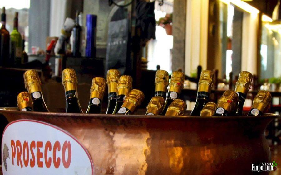 Produção recorde de Prosecco não diminui o preço dos vinhos