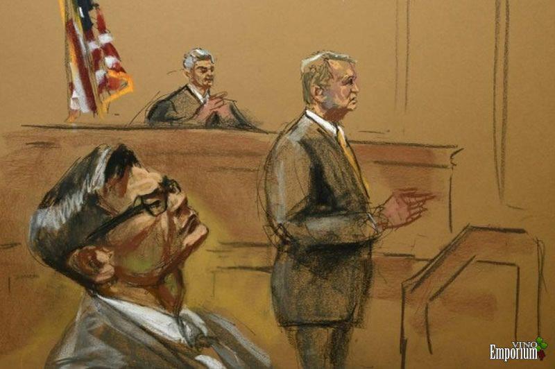 Retrato de Rudy Kurniawan durante seu julgamento nos EUA. Ele tentou infiltrar falsificações do vinho mais caro do mundo nos EUA