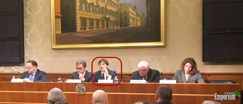 Em destaque o senador Dario Stefàno