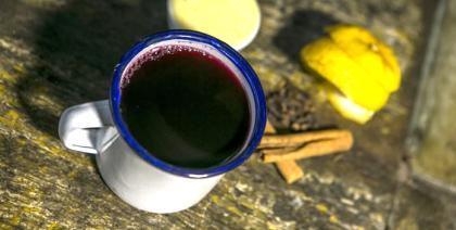 Justiça interdita setor de produção de quentão em vinícola de Curitiba