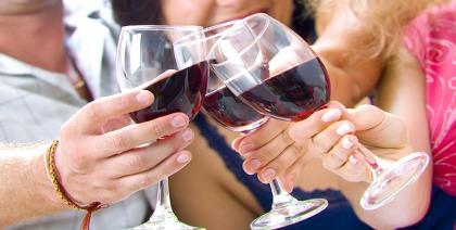 59% dos cariocas preferem beber vinho em casa