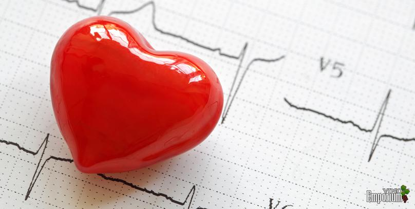 Beber vinho ou cerveja de forma moderada reduz risco de infarto ou derrame