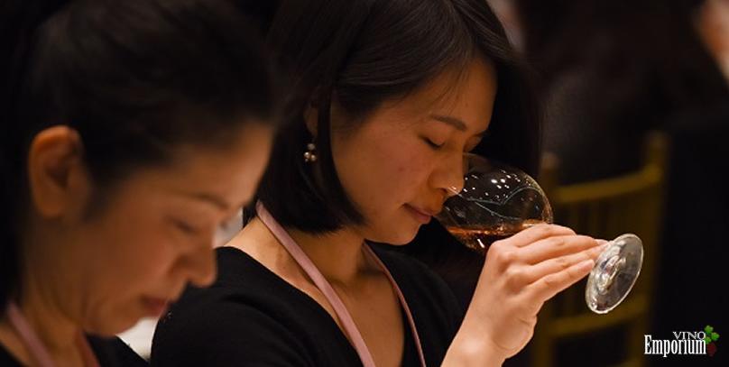 Vinho supera saquê no Japão com a ajuda das mulheres