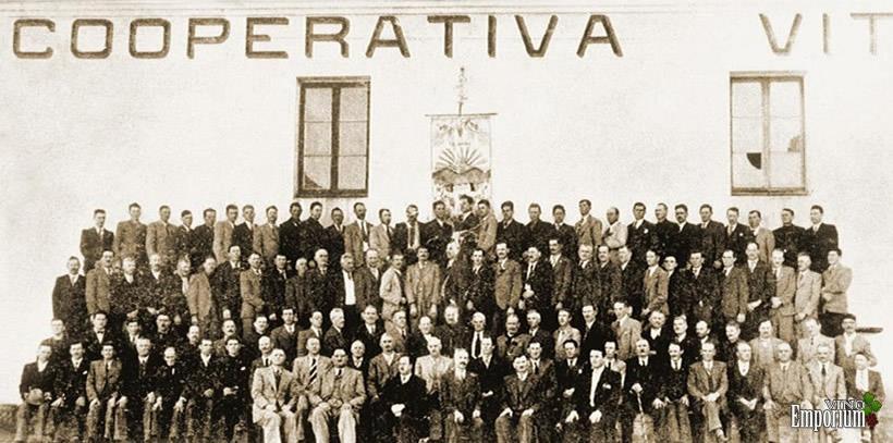 1931 - A Cooperativa Vinícola Aurora é fundada